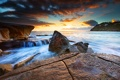 Картинка пейзаж, закат, океан, скалы, берег