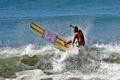 Картинка брызги, волна, серфер, экстремальный спорт, доска для серфинга, longboard