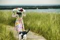 Картинка поле, трава, кот, шляпа, ребёнок