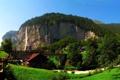 Картинка зелень, лето, мост, город, скала, поезд, Швейцария