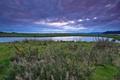 Картинка небо, трава, облака, озеро, фото, горизонт