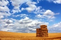 Картинка поле, небо, стог, простор, сено, сеновал