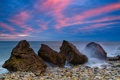 Картинка море, небо, облака, камни, вечер, отлив