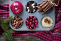 Картинка зима, яблоки, шоколад, сахар, корица, миндаль, пряности