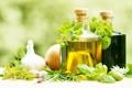 Картинка зелень, чеснок, оливковое масло, olive oil, garlic, fresh herbs
