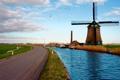 Картинка дорога, пейзаж, река, мельница, нидерланды