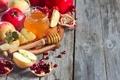 Картинка яблоки, зерна, мед, honey, дольки, гранат, apples