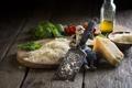 Картинка кухня, оливковое масло, сыр, kitchen, cheese, tomato, терка