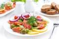 Картинка лук, специи, семга, салат, лимон, помидоры, оливки