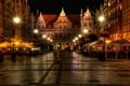 Картинка ночь, город, фото, улица, дома, Польша, фонари
