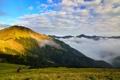 Картинка зелень, облака, холмы, высота, фотограф, фотокамера