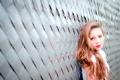 Картинка девушка, фон, забор