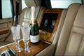 Картинка бокалы, алкоголь, шампанское, салон, range rover, ренж ровер, ленд ровер