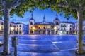 Картинка деревья, огни, вечер, площадь, Испания, ратуша, El Burgo de Osma